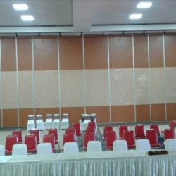 Pintu Lipat Penyekat Partisi Surabaya